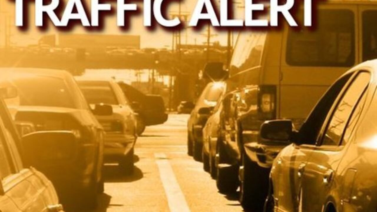 Tractor-trailer jackknifed, blocking westbound lanes of I-10