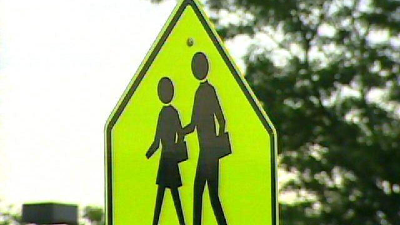 11 Back-to-school traffic tips to keep kids safe this school year