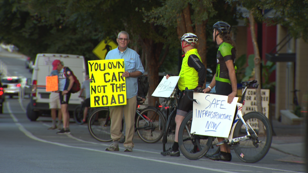 BIKE PROTEST RAW_frame_60422.png