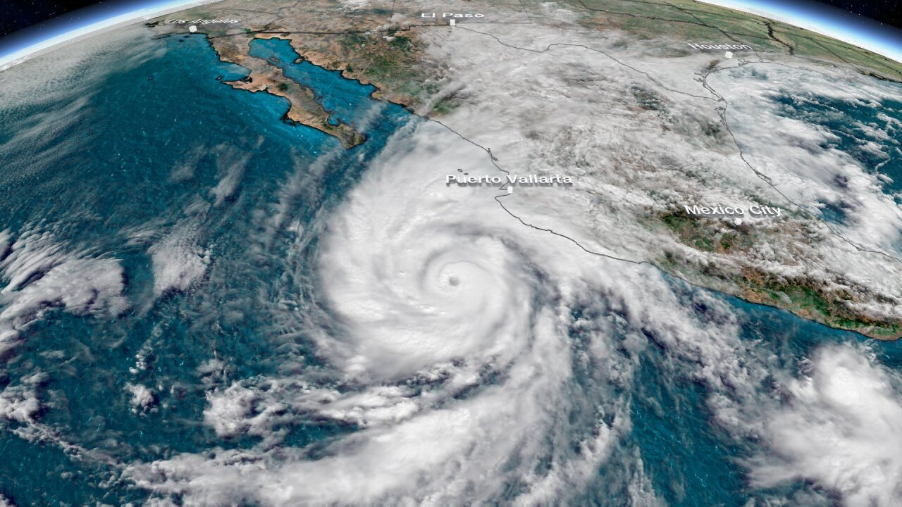 'Extremely dangerous' Category 4 Hurricane Willa nearing Mexico's Pacific coast
