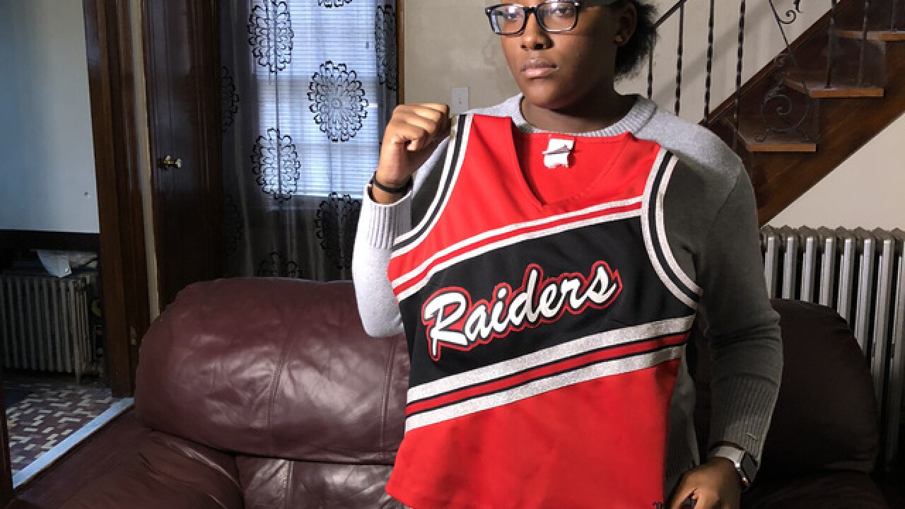 Cheerleader claims coaches fat-shamed her