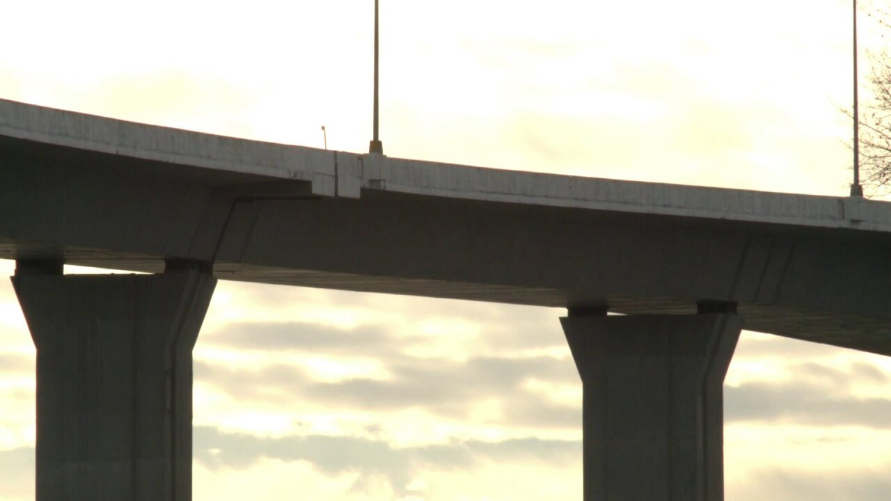 Drivers reminded to proceed cautiously over bridges during deep freeze