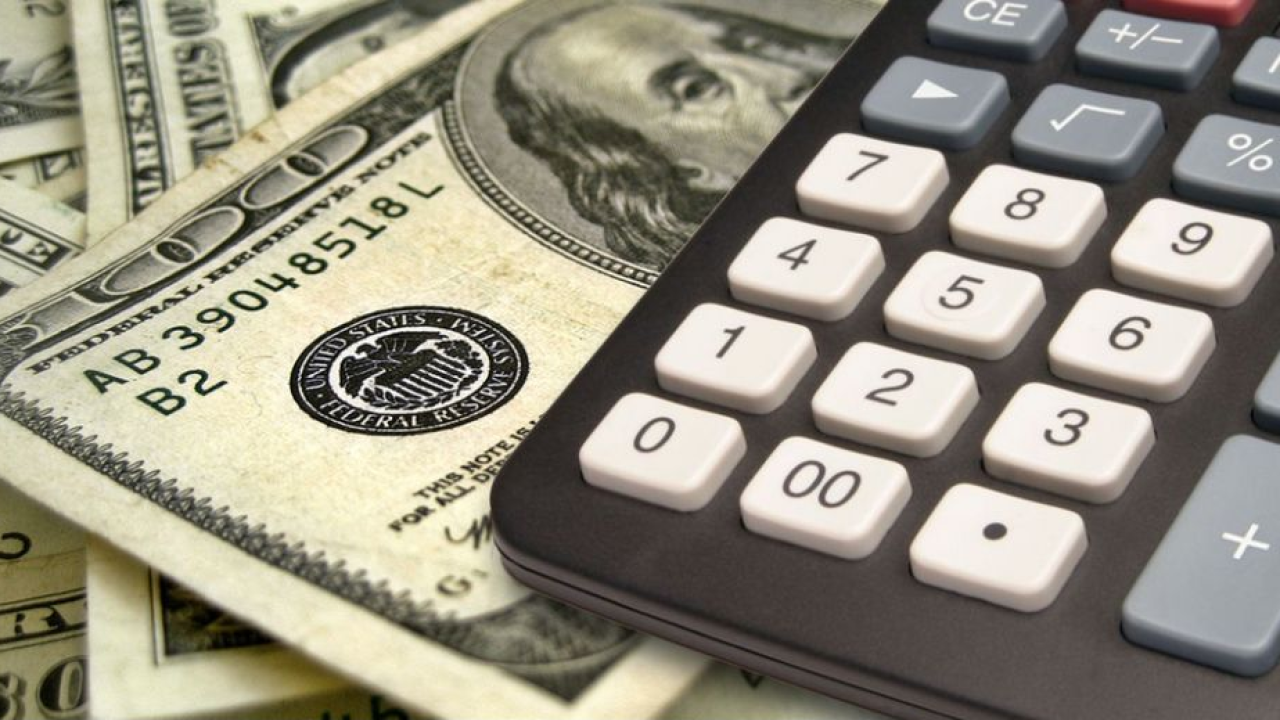 money calculator budget.PNG