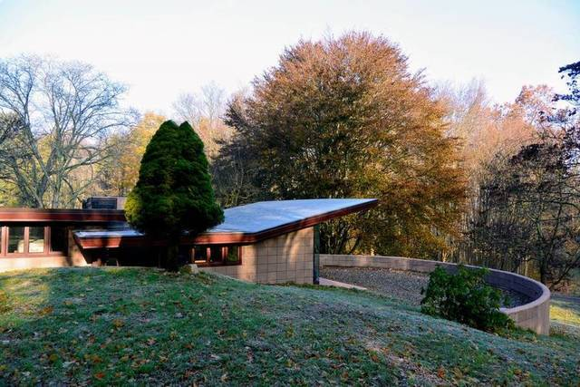 Photo gallery: Go inside the Frank Lloyd Wright house you can rent in west Michigan