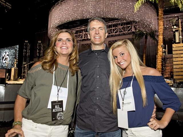 Pure Romance conference hosts Pitbull, Jake Owen