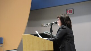 Michelle_Dillingham_at_CPS_hearing.JPG