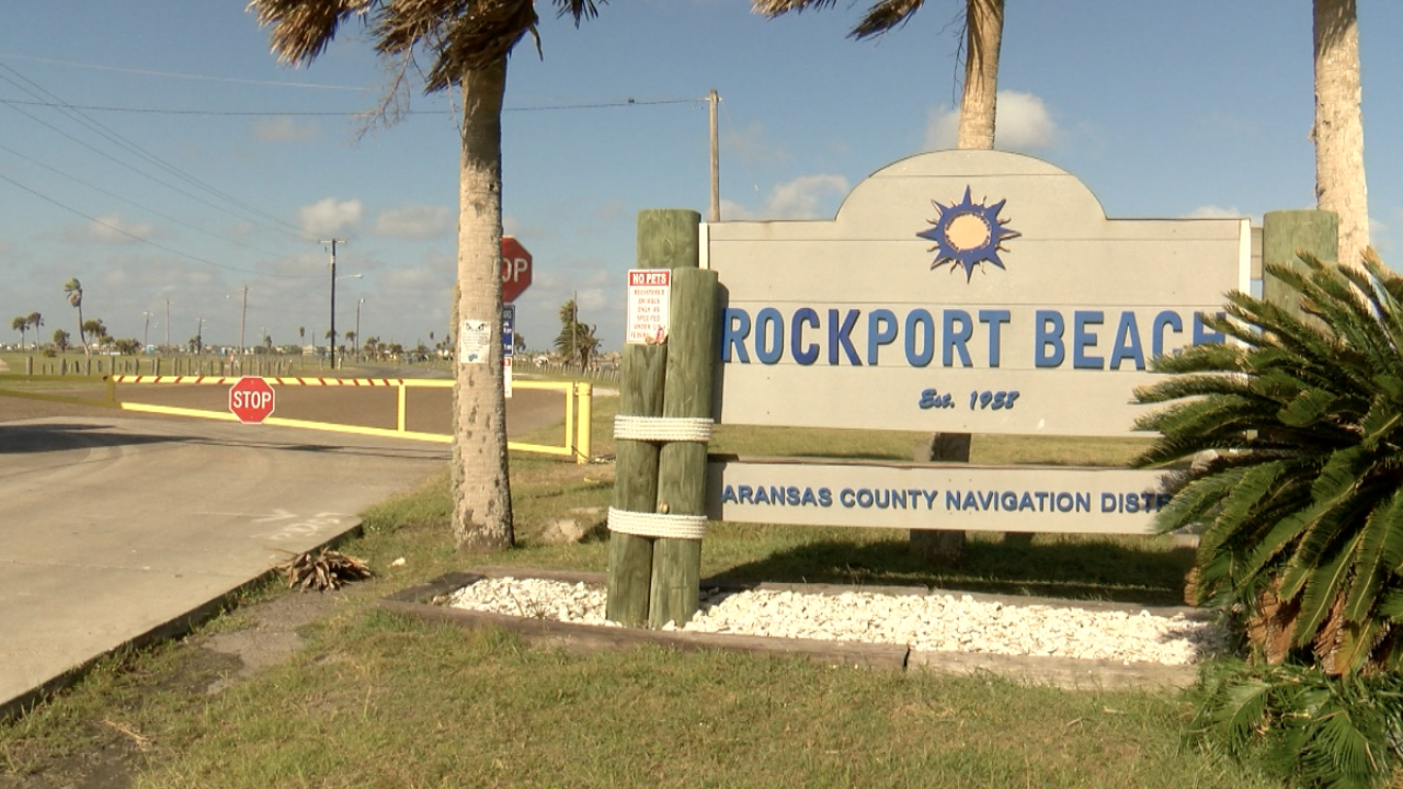 Rockport businesses say beach closures have been paralyzing