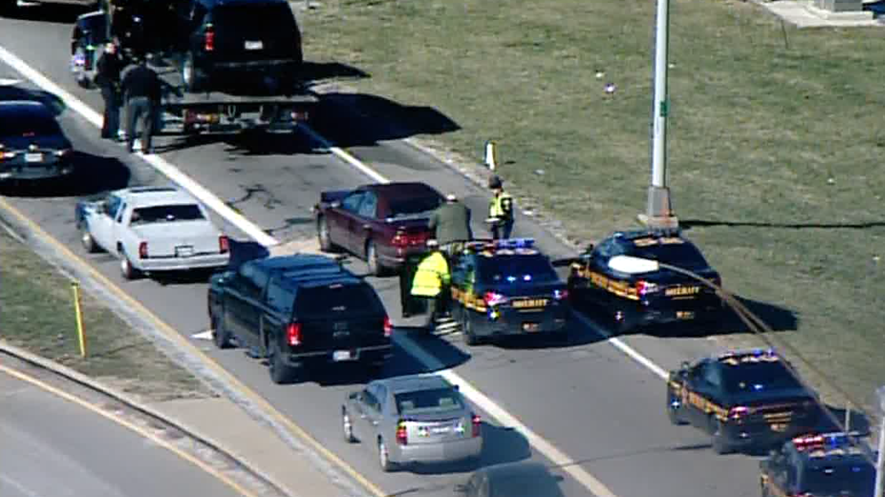 Deputy suffers minor injuries in crash