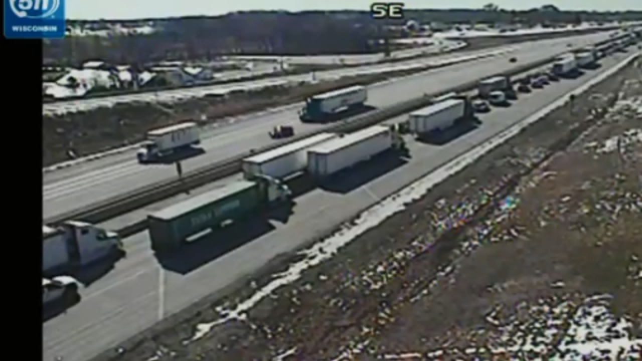 Crash closes I-94 East in Racine County