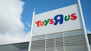 Toys 'R' Us is coming back, but with some big changes