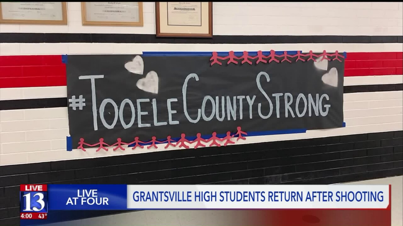 Tooele County students, staff come together to support those impacted by Grantsvillemurders