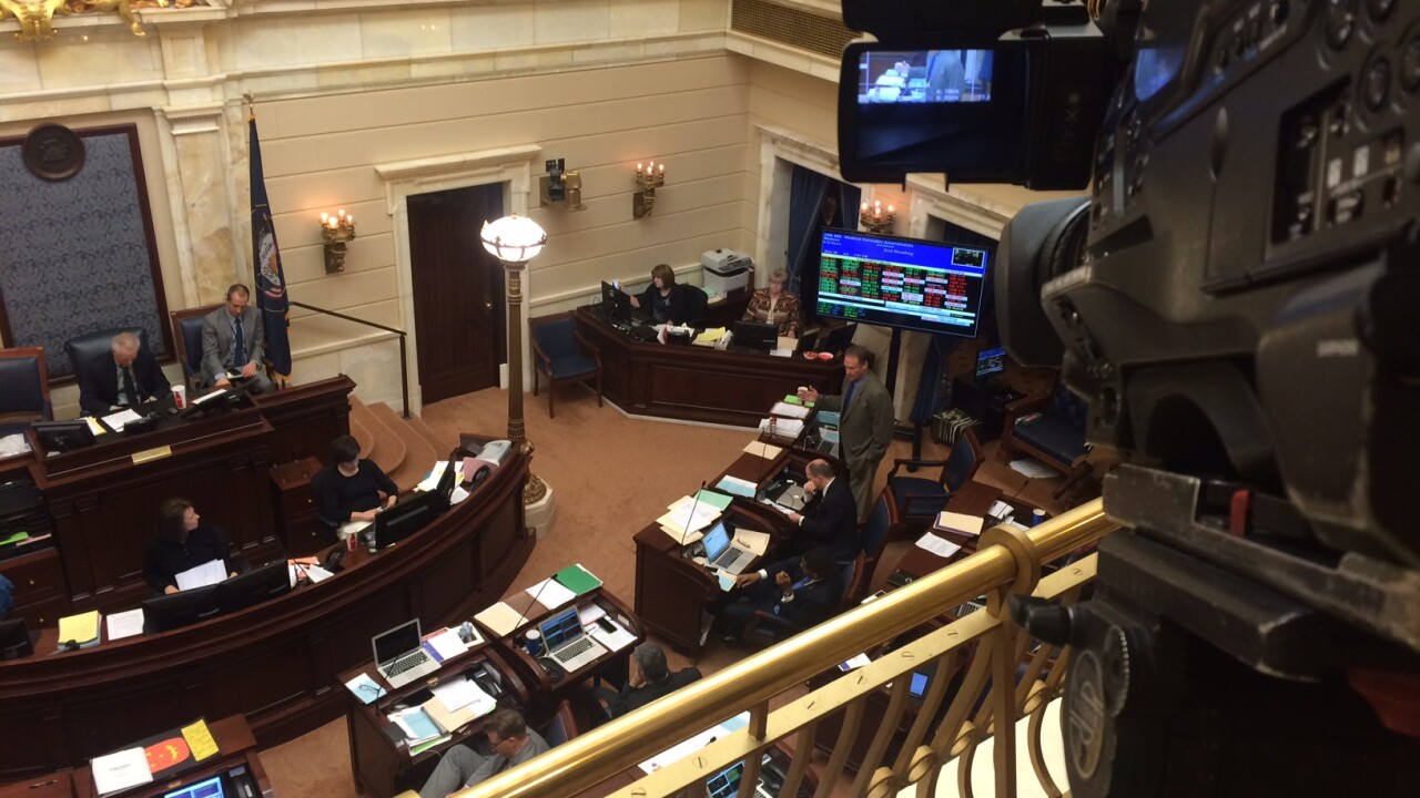 Medical marijuana bill survives narrow vote