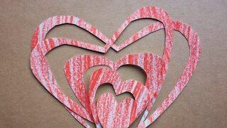 valentines-day-2061424_1920.jpg