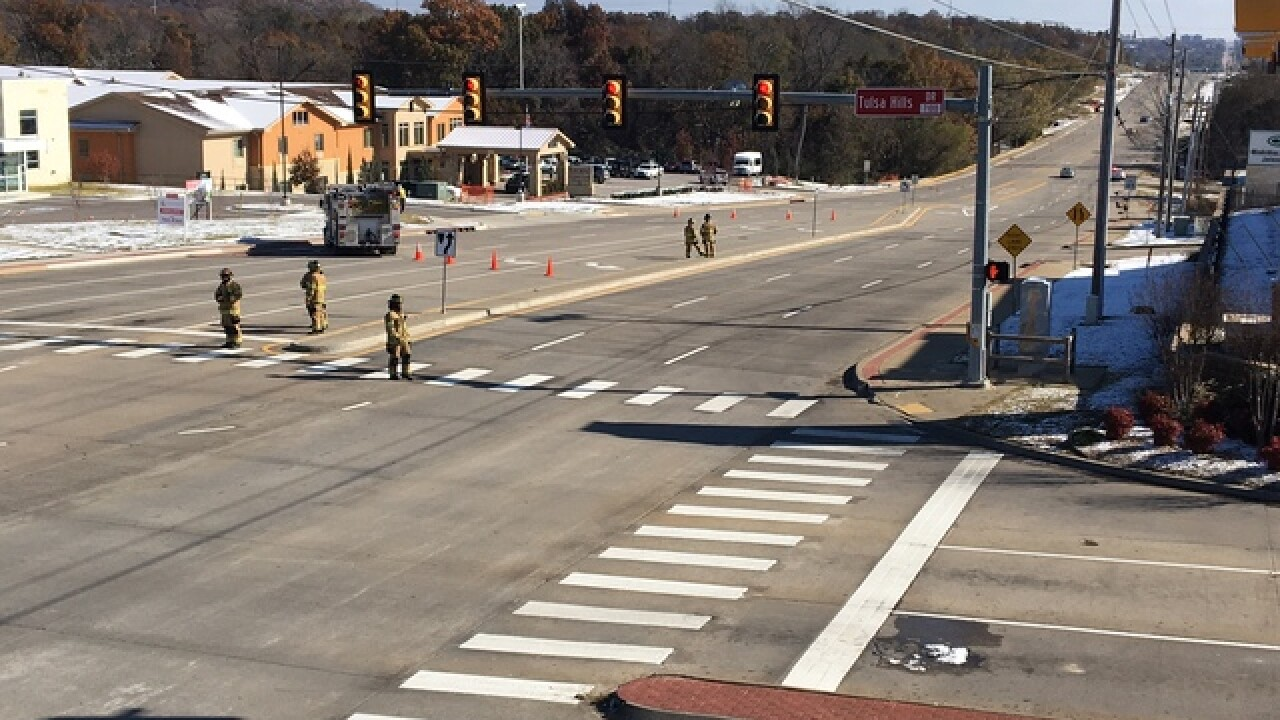 Roadway reopens in south Tulsa after gas leak