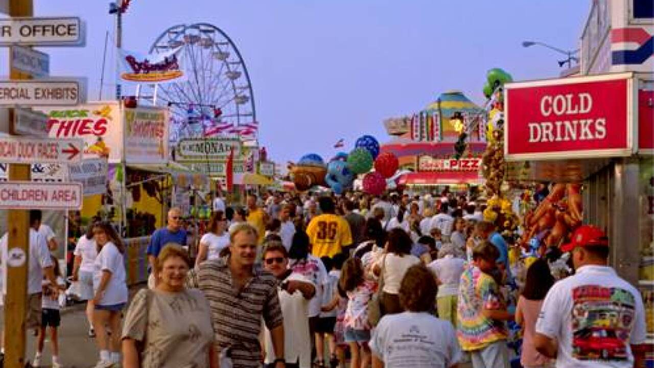 Heavy rains, severe weather threat ends State Fair of Virginia early for 2015