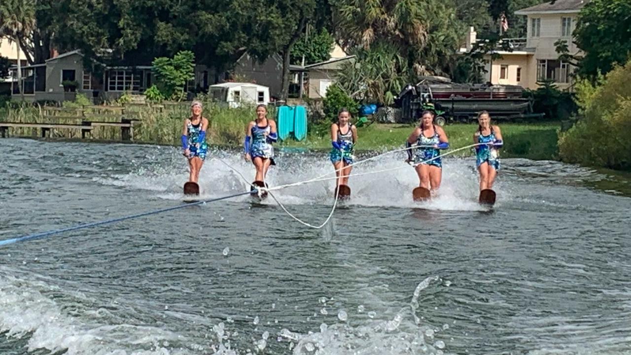 Cypress Gardens Water Ski Team2.png