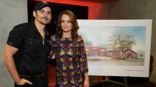 Brad Paisley & Wife Partner With 'The Store'