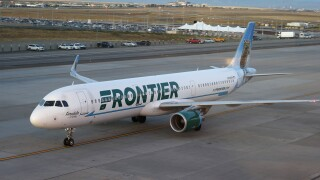 Frontier Airlines airliner, r m