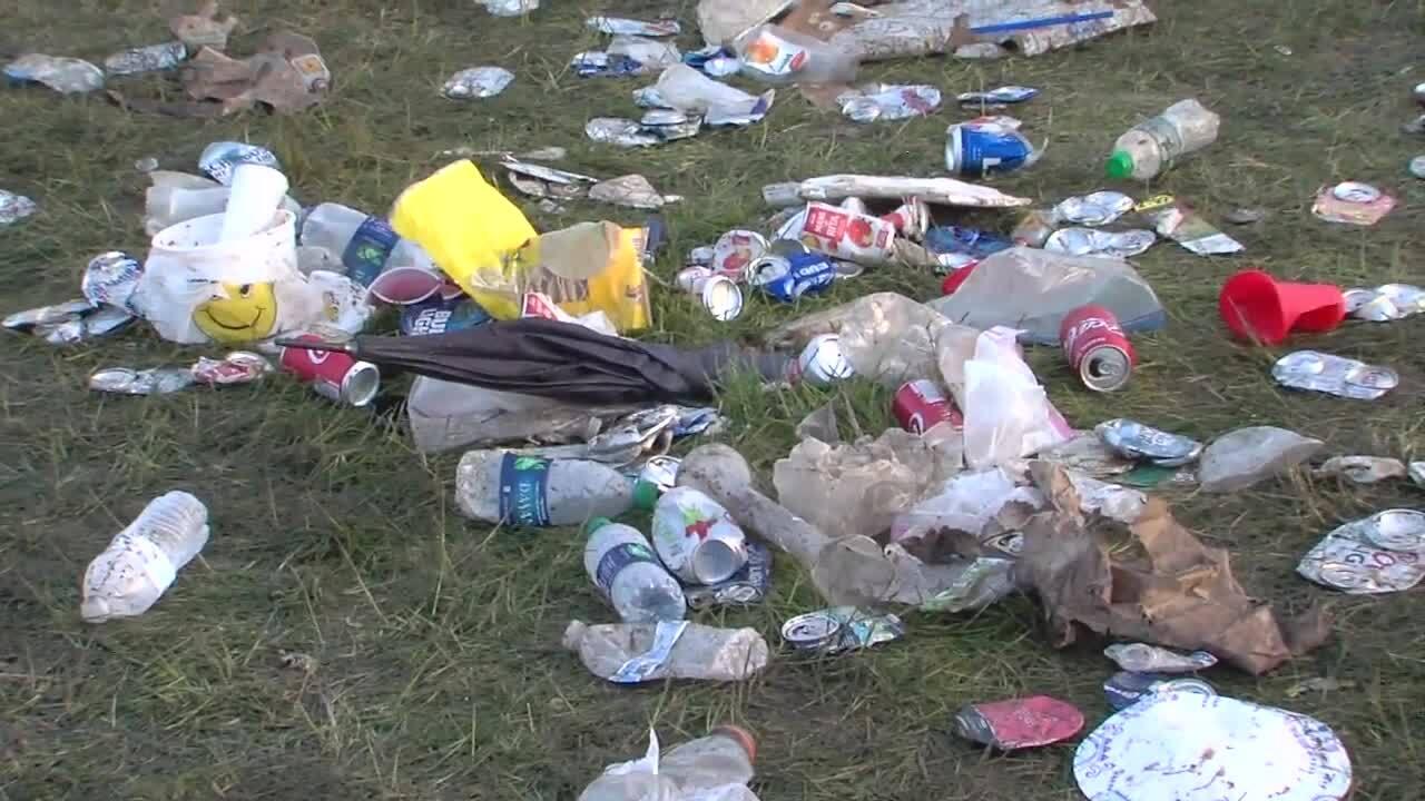 Indy 500 SnakePit Trash (2).jpg