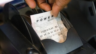 Maryland board OKs large lottery contract