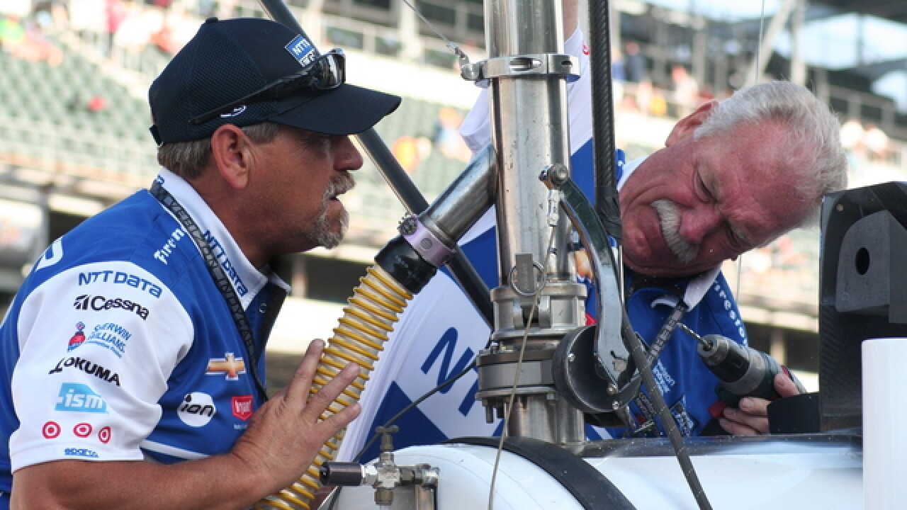 PHOTOS: On Pit Lane at the Indy 500