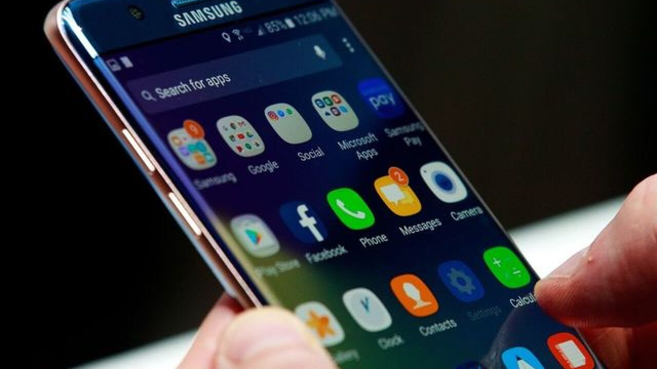 Airlines taking extra precautions following Note 7 scare