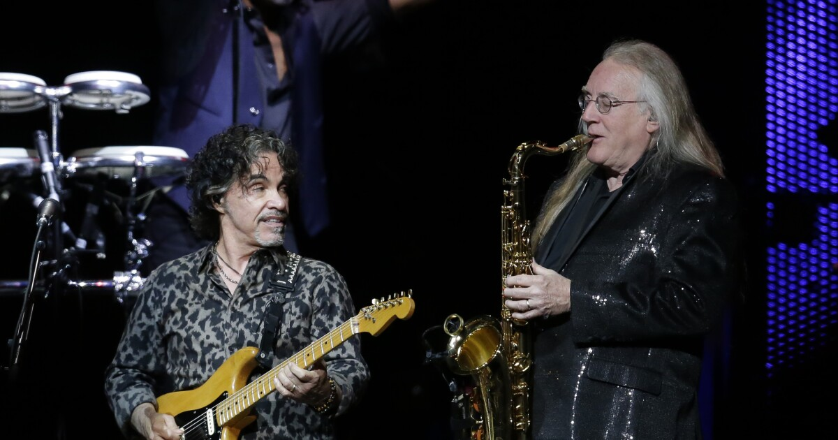 Hall & Oates announce June concert in Denver