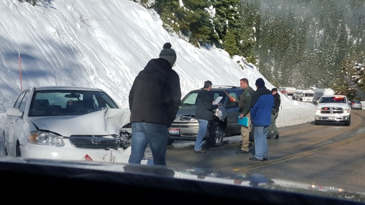 Lanes on Highway 55 briefly blocked due to crash