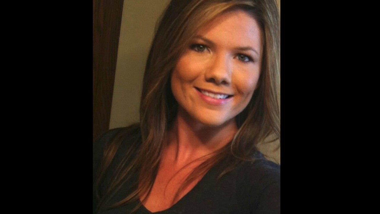 Authorities search fiancé's home for second straight day in search for missing Colorado mom