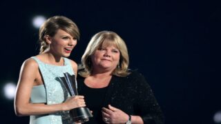 Taylor Swift And The Dixie Chicks Collaborated On An Emotional New Song Swift Couldn't Sing Alone