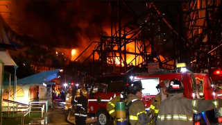 Video shows massive fire destroy theme park in the Philippines