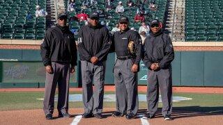 Umpires picture