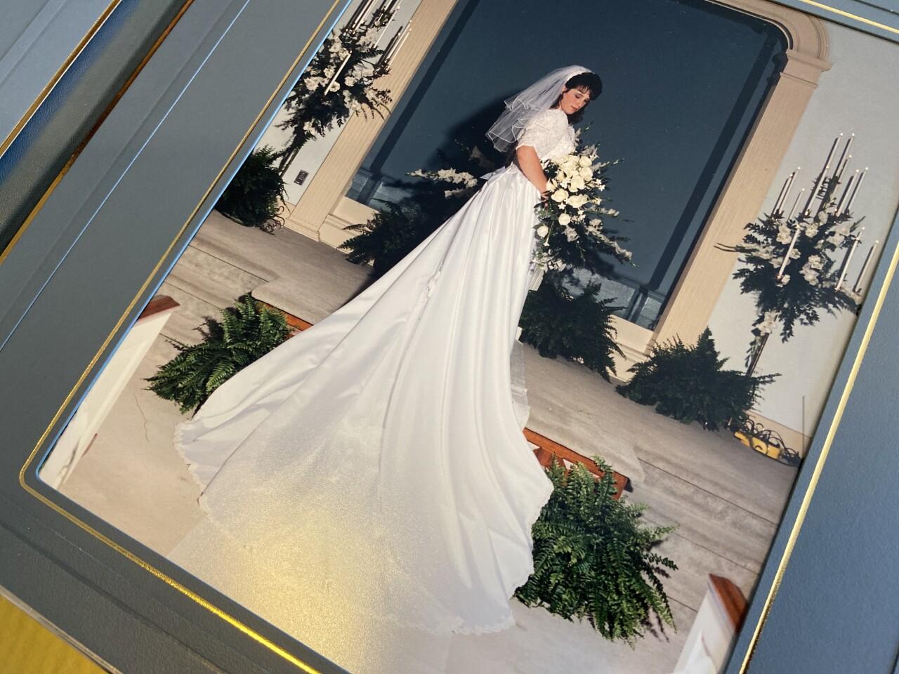 WeddingDressMystery2.jpg