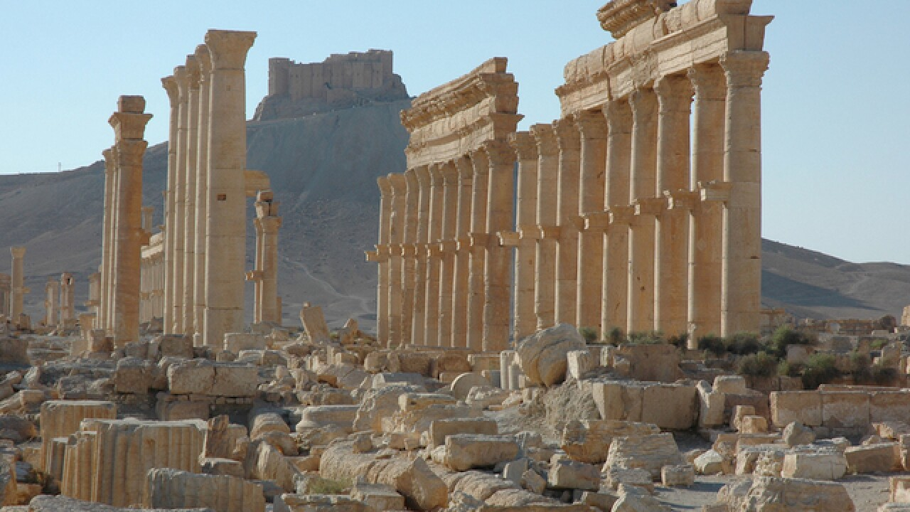 Syrian forces clash with ISIS in Palmyra
