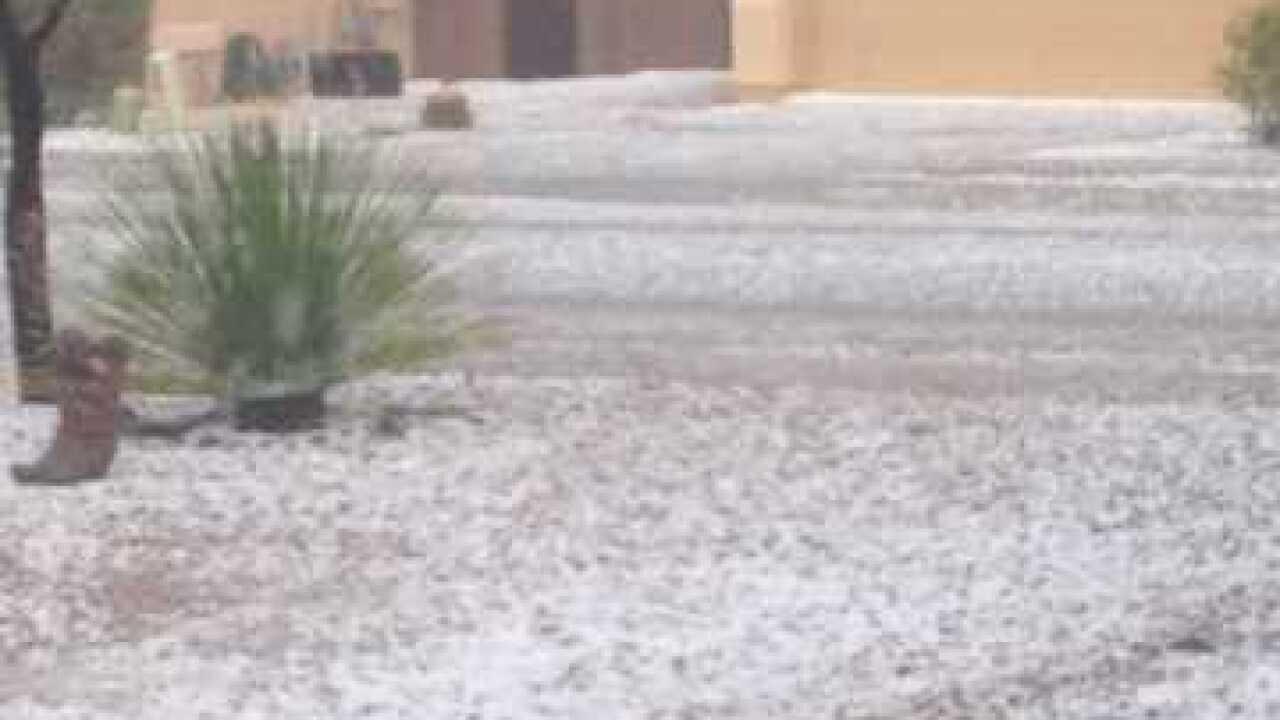 Hail storm rocks Corona de Tucson