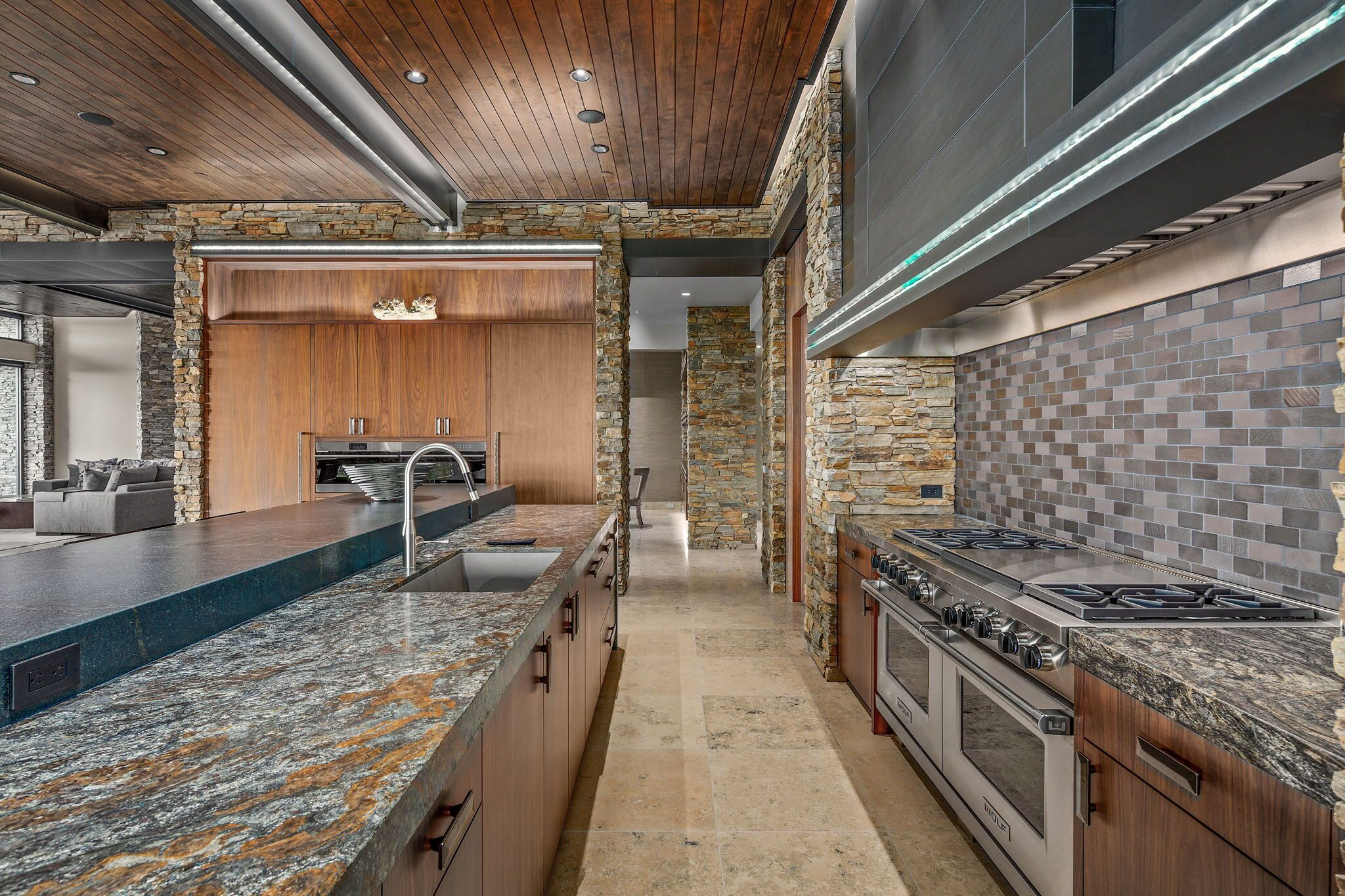 9300+E+Grapevine+Pass+Scottsdale-20-WebQuality-Kitchen.jpg