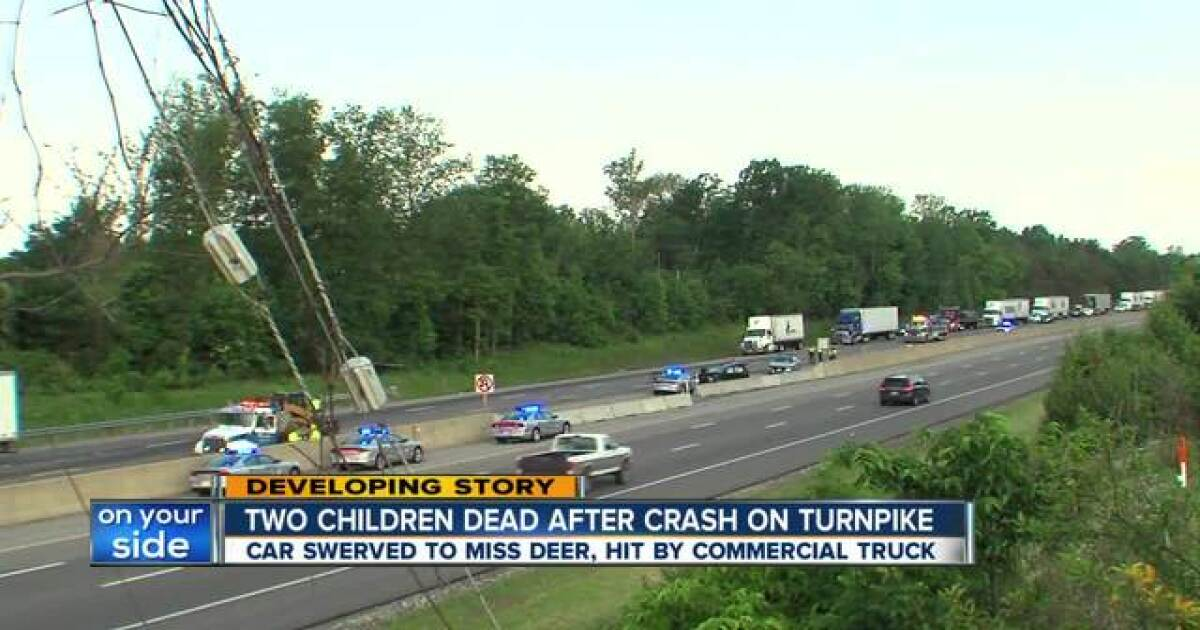 Crash on Ohio Turnpike in Strongsville claims the lives of