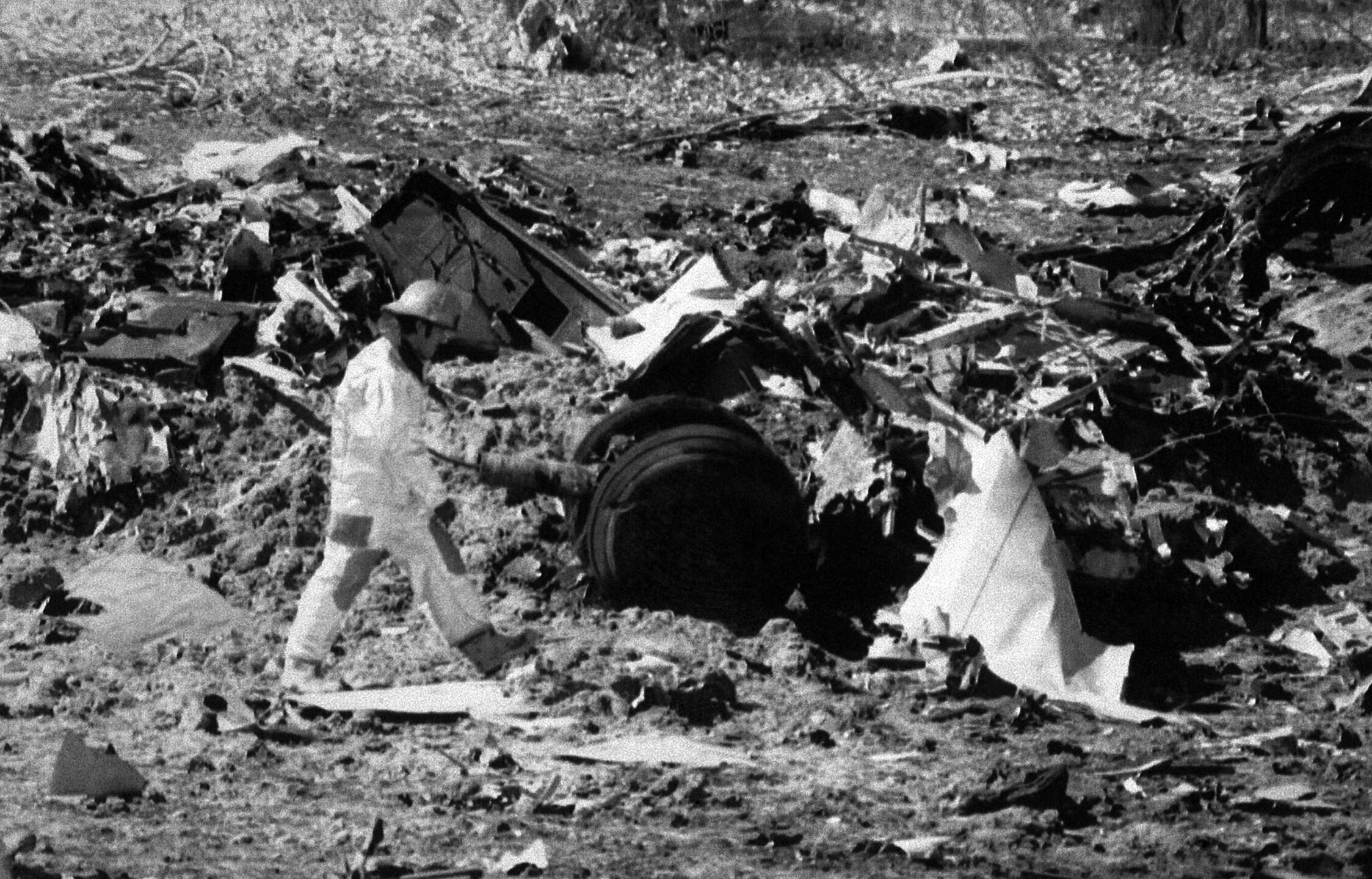 Watchf Associated Press Domestic News  Colorado United States APHS49677 FATAL PLANE CRASH SCENE