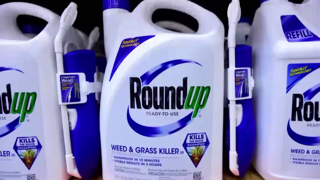 California says key ingredient in Roundup weed killer can cause cancer