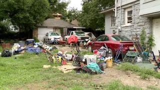 oak park squatters trash