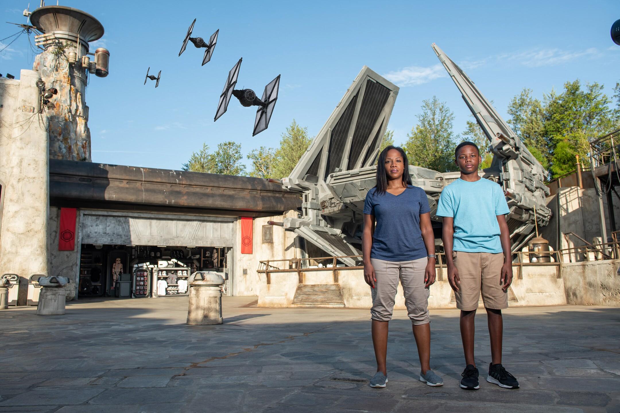 Disney PhotoPass Aerial Animated Magic Shot in Star Wars: Galaxy