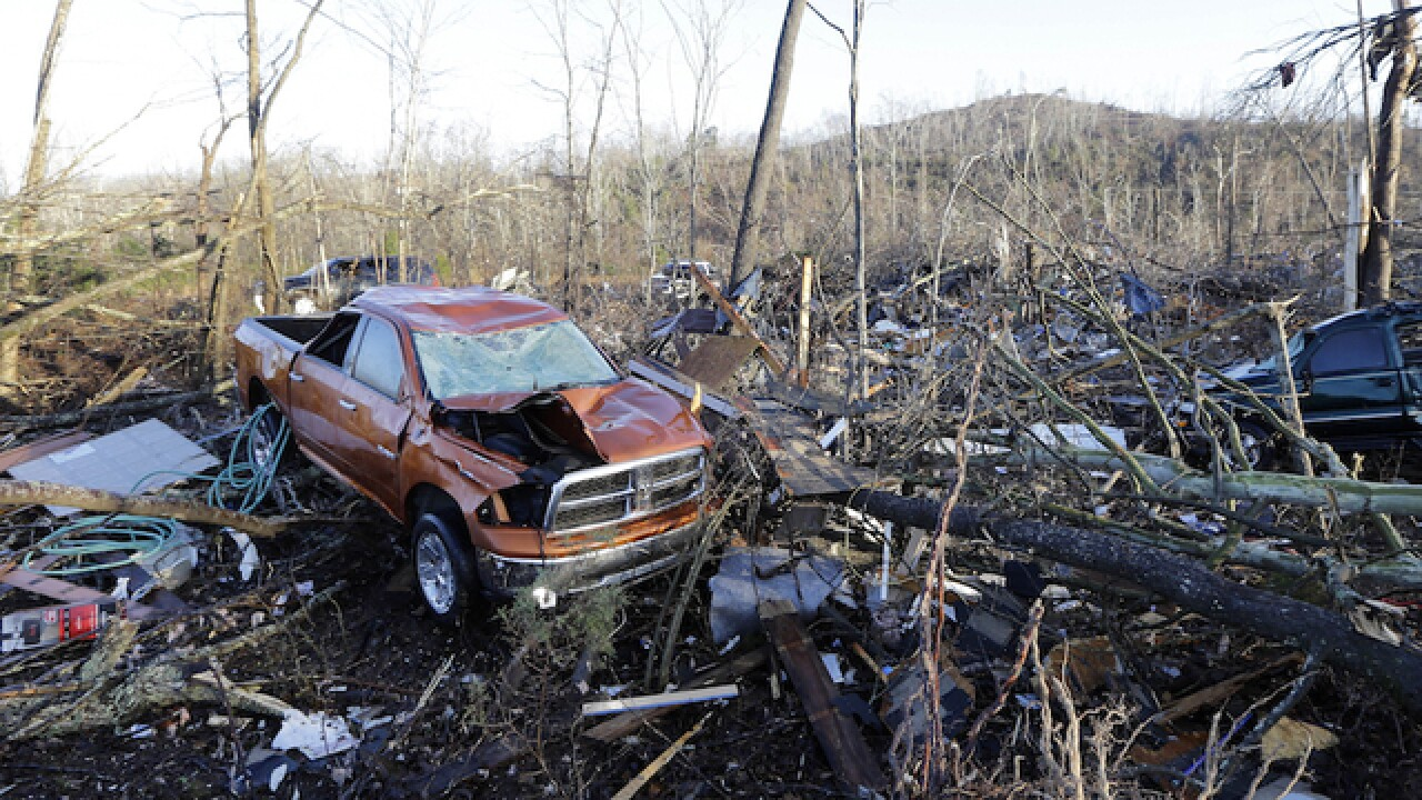 Tornado outbreak death toll climbs to 14