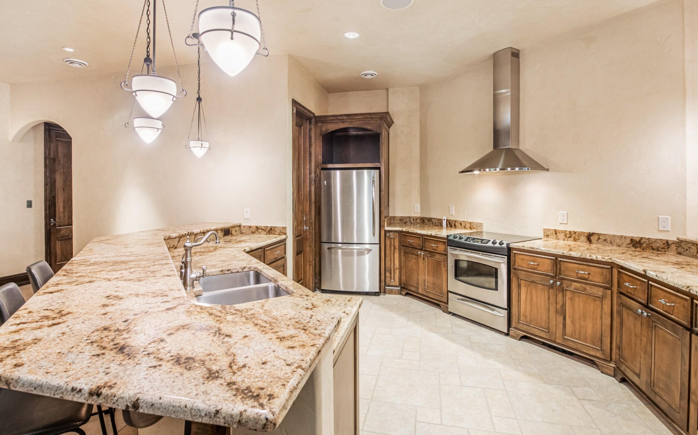 Greenway lower level kitchen.jpg