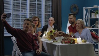 Survey: 1 in 3 parents say benefits of gathering at Thanksgiving is worth the risk of coronavirus