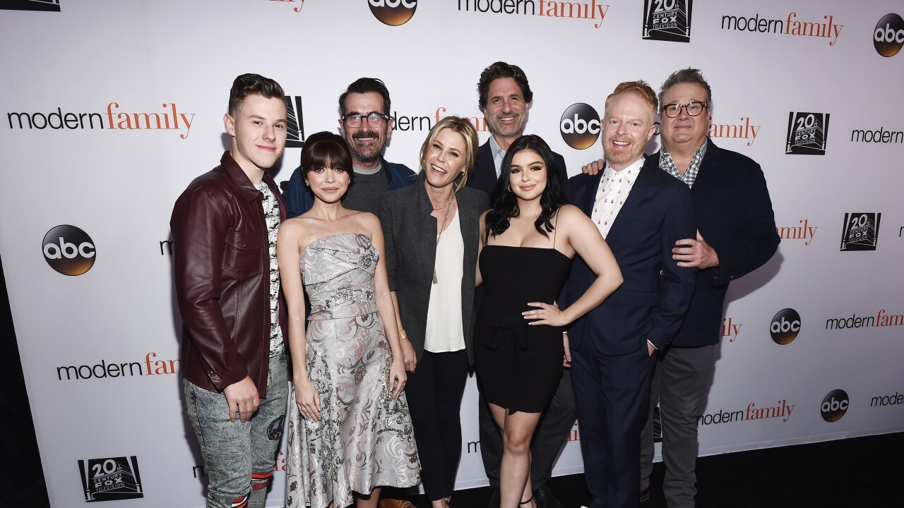 How To Choose The Best Modern Family Episodes For Modern Marathon On Channel 13