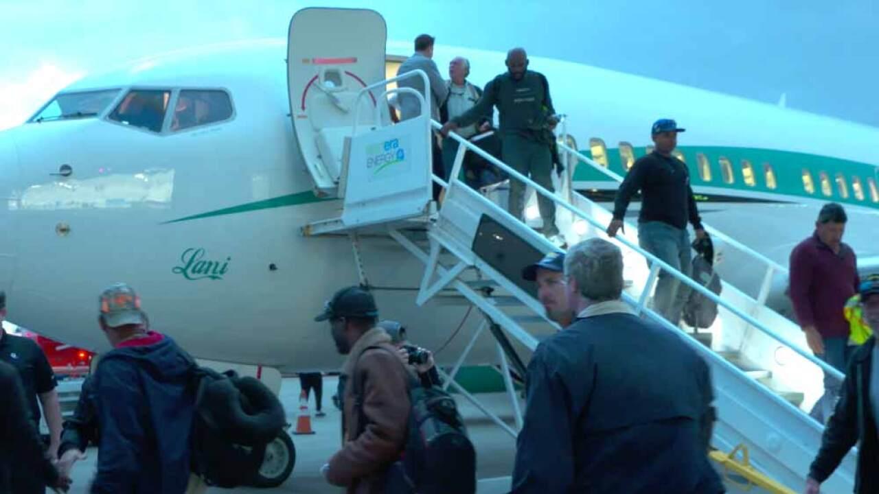 wptv-fpl-crews-return-home-from-paradise-calif.jpg
