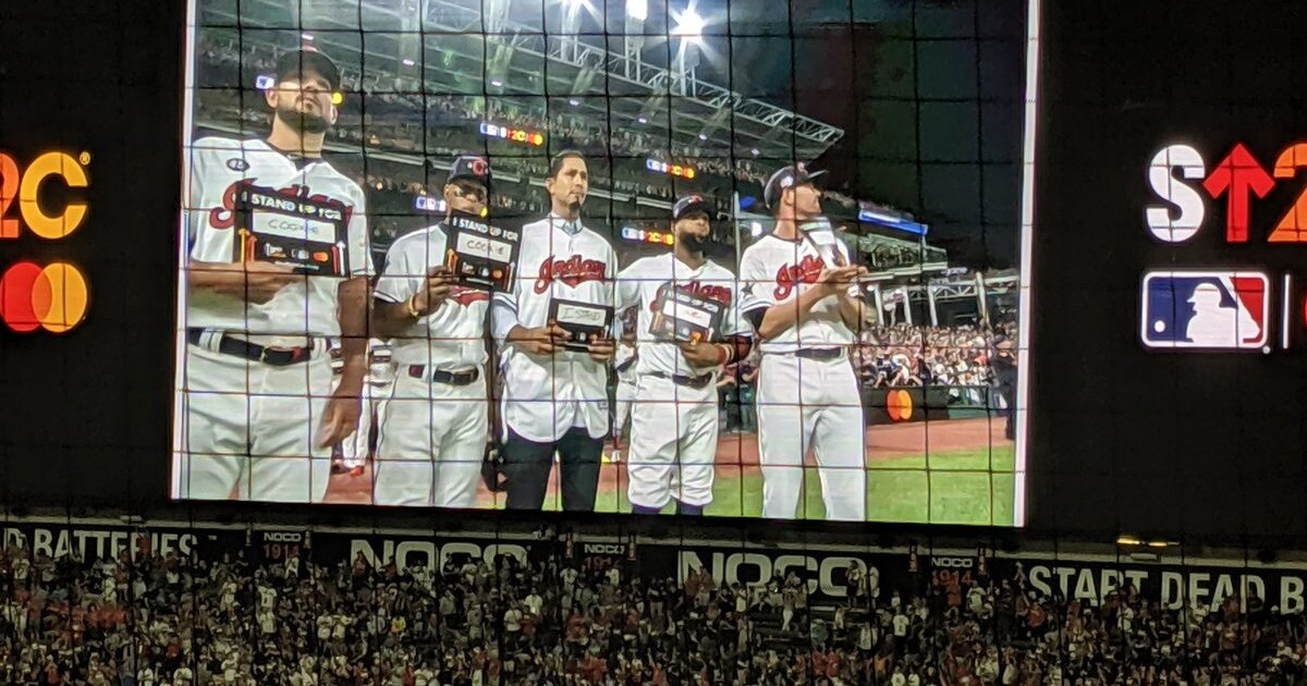 MLB players teaming up to punch out cancer