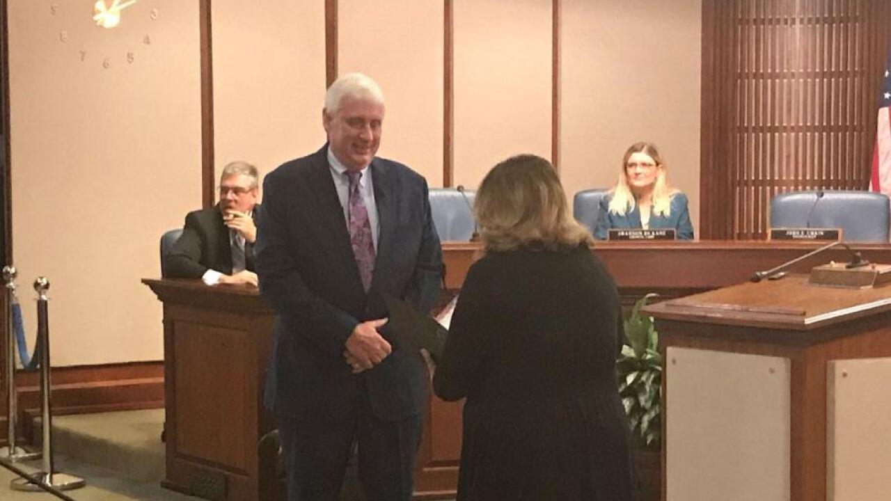 Bobby Dyer sworn-in as Virginia Beachmayor