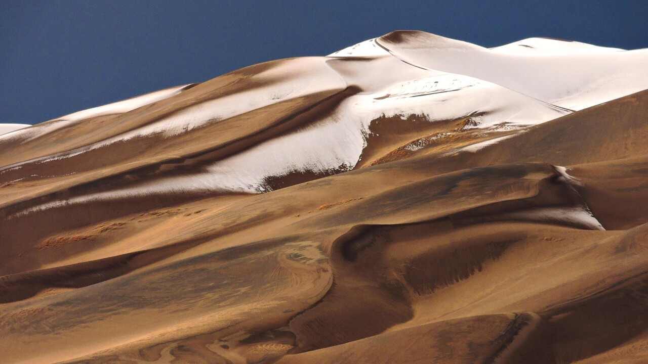 Snow on the Great Sand Dunes National Park and Preserve in Winter (10).jpg