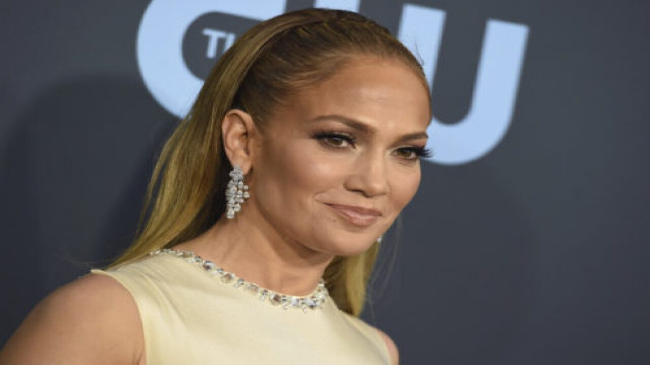 Jennifer Lopez Is Just As Confused By Her Kids' Math Schoolwork As The Rest Of Us